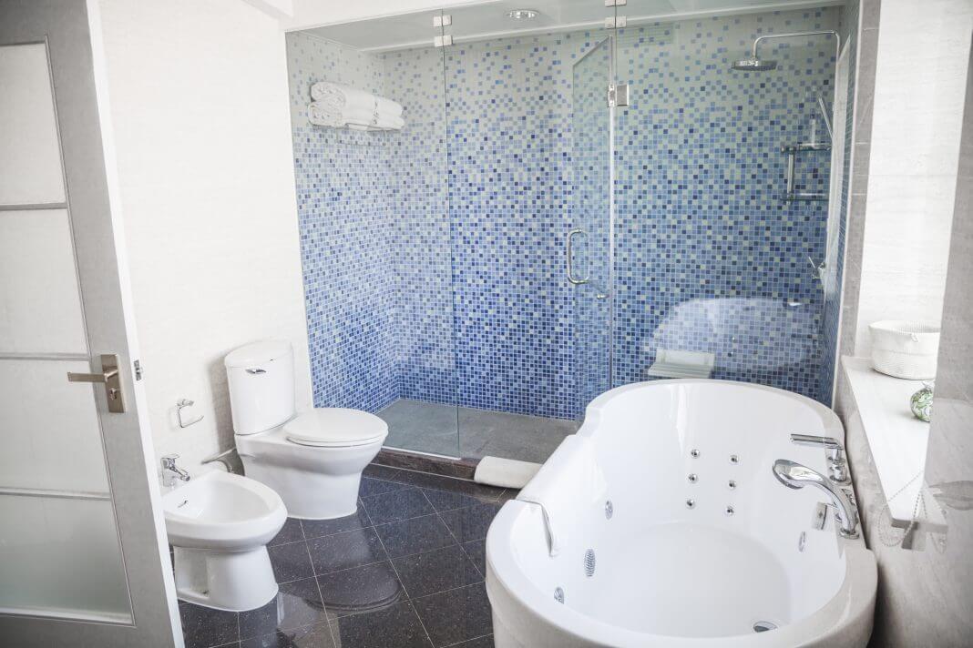 Modern, clean, bathroom